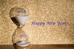 Hourglass dla corocznej zmiany 2016, 2017, -, symbolicznej Zdjęcie Royalty Free