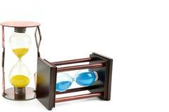 Hourglass isolado no fundo branco Espaço livre para o texto imagens de stock royalty free