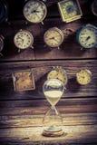 Hourglass jako stary sposób timing zdjęcia stock
