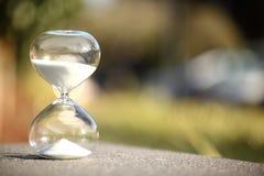 Hourglass moderno Símbolo do tempo countdown foto de stock