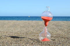 Hourglass na plaży Obraz Royalty Free
