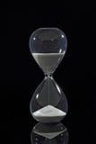 Hourglass odizolowywający na czerni Zdjęcia Royalty Free