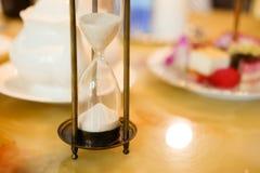 Hourglass retro imagens de stock