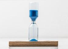 Hourglass zbliżenie na białym tle Fotografia Stock