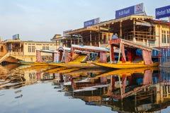 Housboat, Dal jezioro, Srinagar Zdjęcie Royalty Free