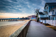 House on the boardwalk and the shore of the Chesapeake Bay, in N Stock Photos