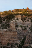 House on the edge of the canyon Royalty Free Stock Photos