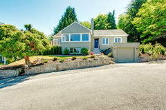 House exterior with curb appeal Royalty Free Stock Photo