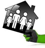 House modèle noir avec une famille Photo libre de droits