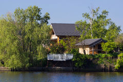 House near the river Royalty Free Stock Photography