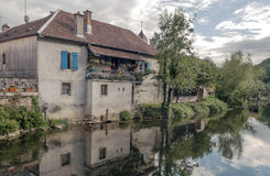 House nears the river Royalty Free Stock Photography