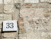 Free House Number 33 Sign Royalty Free Stock Photography - 80966377