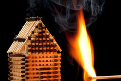Free House On Fire Royalty Free Stock Photography - 13777627