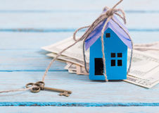 House from the paper and money Royalty Free Stock Photos