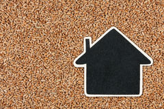 House pointer, the price tag lies on wheat Stock Photography