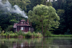 House by the pond Royalty Free Stock Photography