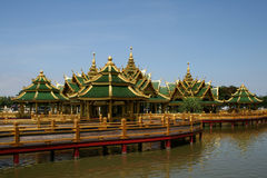 house thai stil Royaltyfri Bild