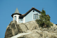 House on top of the mountain Royalty Free Stock Photography
