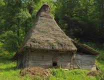 house traditionellt transylvanian Arkivfoton
