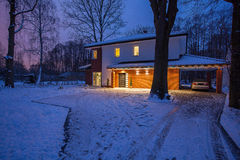 House winter scenery Royalty Free Stock Photography