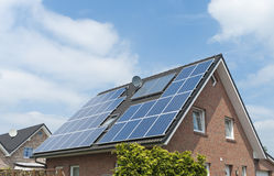 Free House With Solar Panels Royalty Free Stock Images - 26093399