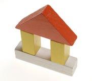 House2 van het houten stuk speelgoed royalty-vrije stock afbeeldingen
