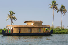 Free Houseboat Royalty Free Stock Images - 32978549
