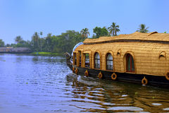 houseboat lizenzfreie stockfotografie