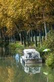 houseboat stockbild