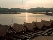houseboat lizenzfreie stockfotos