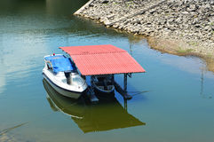 Houseboat. Hydroelectric dam,Ubolrat thailand Royalty Free Stock Images