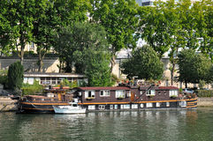 Houseboat in Paris Royalty Free Stock Photos