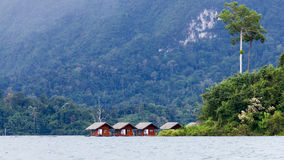 Houseboat in Ratchaprapa dam. With tree Royalty Free Stock Photos