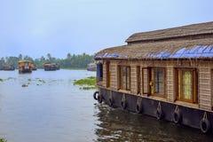 houseboats lizenzfreie stockfotografie