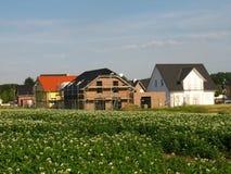 Housebuilding em um distrito novo Foto de Stock Royalty Free