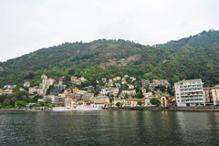 Houses along the bank of Lake Como Stock Photo