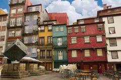 houses gammala den typiska porto portugal townen royaltyfria bilder