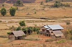 houses khouanglaos lantlig xieng arkivbild