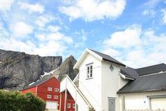 houses röd reinewhite Royaltyfria Foton