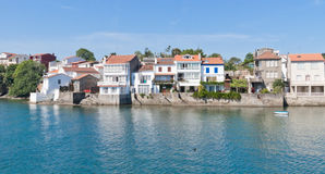 Houses beside the sea Royalty Free Stock Photos