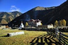 houses tibet Royaltyfria Bilder