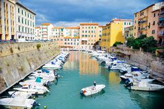 houses-village-boats-harbor Royalty Free Stock Images
