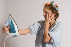 houseworking的女孩 免版税库存照片
