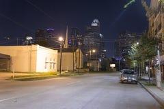 Houston från midtown på natten royaltyfri bild