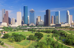 Houston, orizzonte di TX nel pomeriggio con Memorial Park in priorità alta Fotografie Stock Libere da Diritti