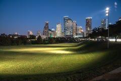 Houston-Skylineblaustunde Lizenzfreie Stockfotos