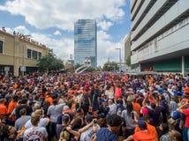 HOUSTON TEXAS - NOVEMBER 3rd 2017 - världsmästare Houston Astros firar deras seger över LAskojarna Arkivfoto