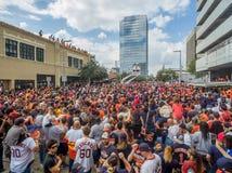 HOUSTON TEXAS - NOVEMBER 3rd 2017 - världsmästare Houston Astros firar deras seger över LAskojarna Royaltyfri Fotografi