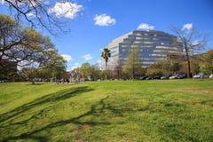 Houston Texas Skyline com arranha-céus modernos e opinião de céu azul Fotos de Stock Royalty Free