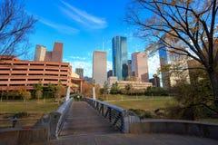 Houston Texas Skyline med moderna skyskrapor och sikt för blå himmel Arkivfoton